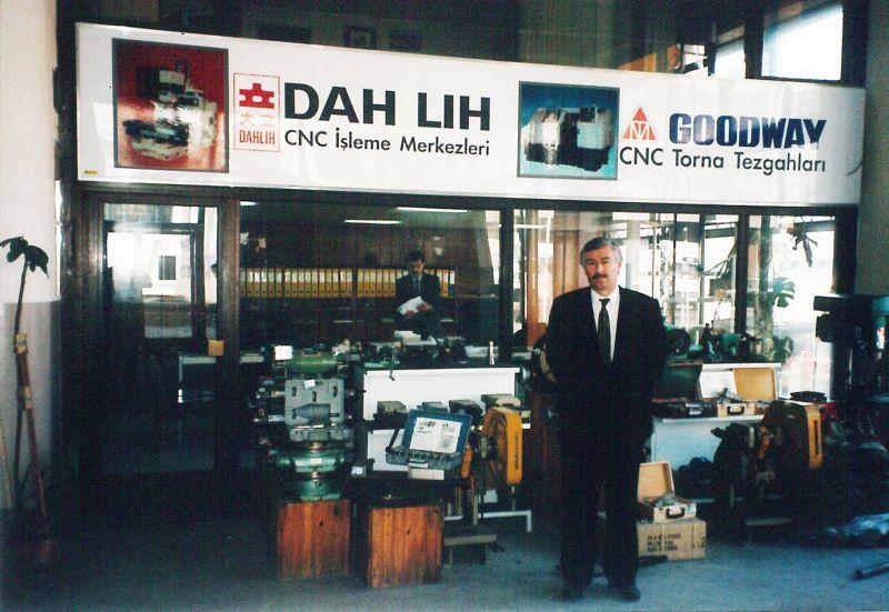 TEZMAKSAN 800 m2'lik yerinde, 1986