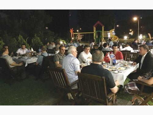 Tezmaksan Makina Müşterileri ile Samsunda İftar Yemeğinde Buluştu
